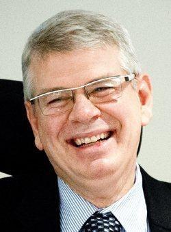 Dr. Bruce Kramer
